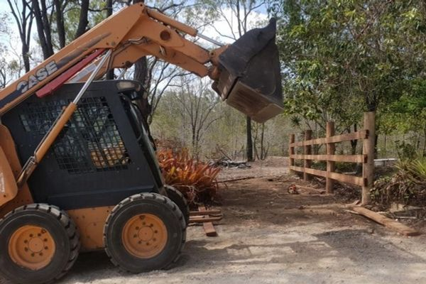 opal-holdings-fencing-3-2